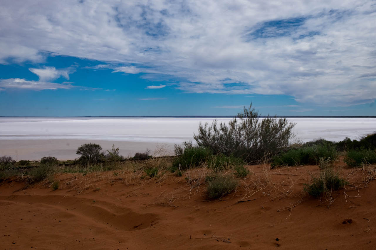 You'll see salt lakes on your outback roadtrip