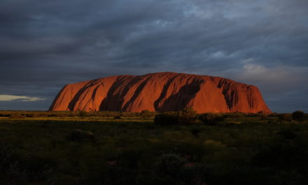 What is the best way to get to Uluru (Ayers Rock)?